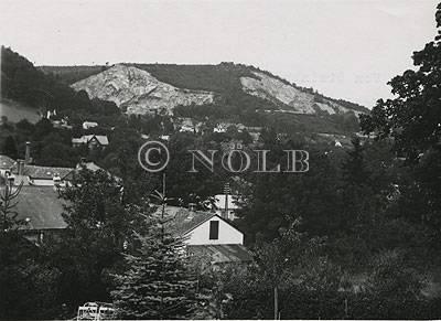 rev., maschinschr. Von den Steinbrüchen aufgerissene Landschaft Vorderbrühl von rev. Juli 1940 Aufn. : Meisinger
